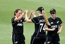Amelia Kerr celebrates a wicket, Australia v New Zealand, 3rd women's ODI, Allan Border Field, October 7, 2020