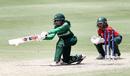 Omaima Sohail looks to sweep, Bangladesh Women v Pakistan Women, T20 World Cup warm-up, Brisbane, February 20, 2020