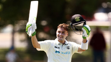 Josh Inglis reached his maiden first-class century
