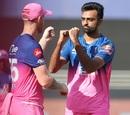 Jaydev Unadkat celebrates Manish Pandey's wicket with Ben Stokes, Sunrisers Hyderabad vs Rajasthan Royals, IPL 2020, Dubai, October 11, 2020