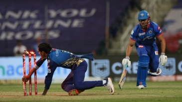 Rahul Chahar runs Marcus Stoinis out