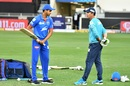 Shreyas Iyer seeks the technical inputs of Ricky Ponting, Delhi Capitals vs Rajasthan Royas, IPL 2020, Dubai, October 14, 2020