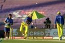 Imran Tahir rolls his arm over ahead of play, Chennai Super Kings vs Rajasthan Royals, IPL 2020, Abu Dhabi, October 19, 2020