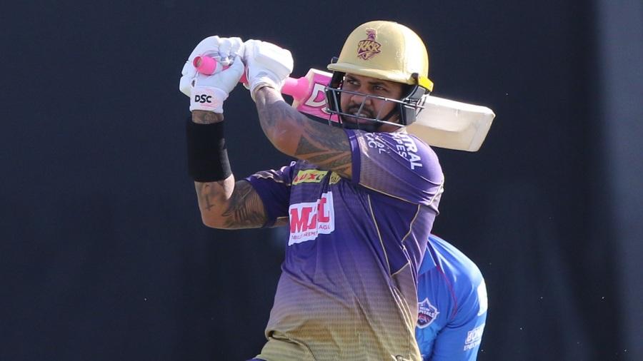 Sunil Narine pulls on the way to a half-century