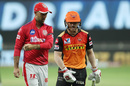 David Warner talks to Glenn Maxwell after being dismissed, Kings XI Punjab vs Sunrisers Hyderabad, IPL 2020, Dubai, October 24, 2020