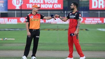 David Warner and Virat Kohli bump fists at the toss