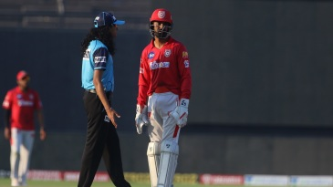 KL Rahul is visibly unhappy after the third umpire ruled against Kings XI Punjab for a debatable catch