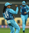 Shashikala Siriwardene is pumped after picking up Mithali Raj's wicket, Supernovas vs Velocity, Women's T20 Challenge, Sharjah, November 4, 2020