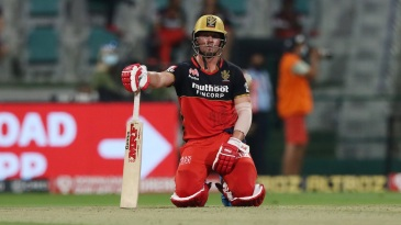 AB de Villiers - feeling the weight of single-handedly carrying RCB?