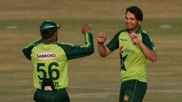 Usman Qadir picked up three middle-order wickets