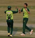 Usman Qadir picked up three middle-order wickets, Pakistan vs Zimbabwe, 2nd T20I, Rawalpindi, November 8, 2020