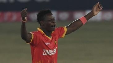 Blessing Muzarabani got Zimbabwe's first breakthrough