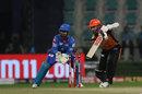 Kane Williamson pushes one through the off side, Delhi Capitals vs Sunrisers Hyderabad, IPL 2020, Qualifier 2, Abu Dhabi, November 8, 2020