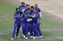 Mumbai Indians are all smiles after Trent Boult's early strike in the IPL 2020 final, Delhi Capitals vs Mumbai Indians, IPL 2020, final, Dubai, November 10, 2020