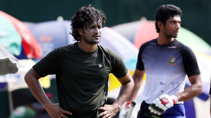 Gemcon Khulna's Shakib al Hasan and Mahmudullah (in the background) gear up for the Bangabandhu T20 Cup