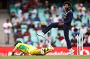 A full-length dive by David Warner is not enough to save him, and Ravindra Jadeja knows the batsman's been run out, Sydney, Australia vs India, 2nd ODI, November 29, 2020