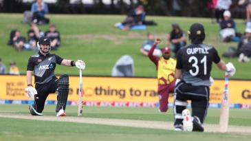 Tim Seifert and Martin Guptill take a knee before the second T20I