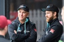 Gary Stead and Kane Williamson look on New Zealand vs West Indies, 1st Test, Hamilton, 1st day, December 3, 2020