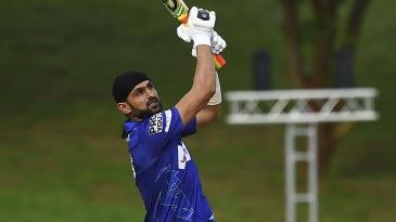 Shoaib Malik goes over the top
