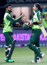 Iftikhar Ahmed is congratulated by his captain Shadab Khan after hitting the winning six, New Zealand vs Pakistan, 3rd T20I, Napier, December 22, 2020