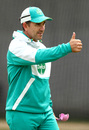 Justin Langer gives a thumbs up during a training session, Melbourne, December 25, 2020