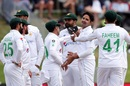 Mohammad Abbas is congratulated for a wicket, New Zealand vs Pakistan, 1st Test, Mount Maunganui, 2nd day, December 27, 2020