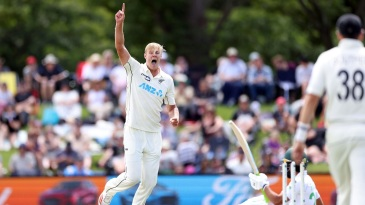 Kyle Jamieson celebrates the wicket of Fawad Alam
