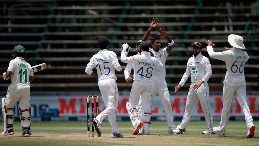 Temba Bavuma departs as Vishwa Fernando claims another wicket