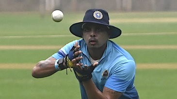 Sreesanth takes part in a Kerala training session ahead of the Syed Mushtaq Ali Trophy