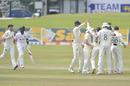 England celebrate after Dom Bess dismissed Dinesh Chandimal, Sri Lanka v England, 1st Test, Galle, 4th day, January 17, 2021