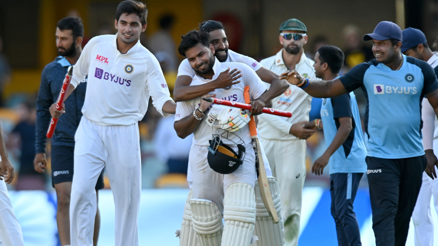 Rishabh Pant is all smiles after guiding India home