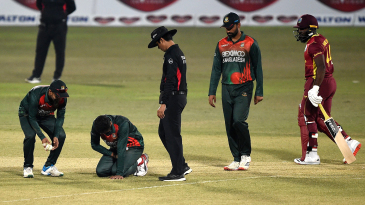 Shakib Al Hasan went off the field injured while bowling his fifth over