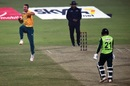 Dwaine Pretorius dismisses Mohammad Nawaz to complete his five-for, Pakistan vs South Africa, 2nd T20I, Lahore, February 13, 2021