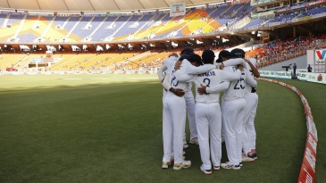 The Indian team get into a huddle