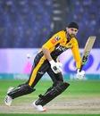 Shoaib Malik sets off for a quick run, Quetta Gladiators vs Peshawar Zalmi, PSL 2021, Karachi, February 26, 2021