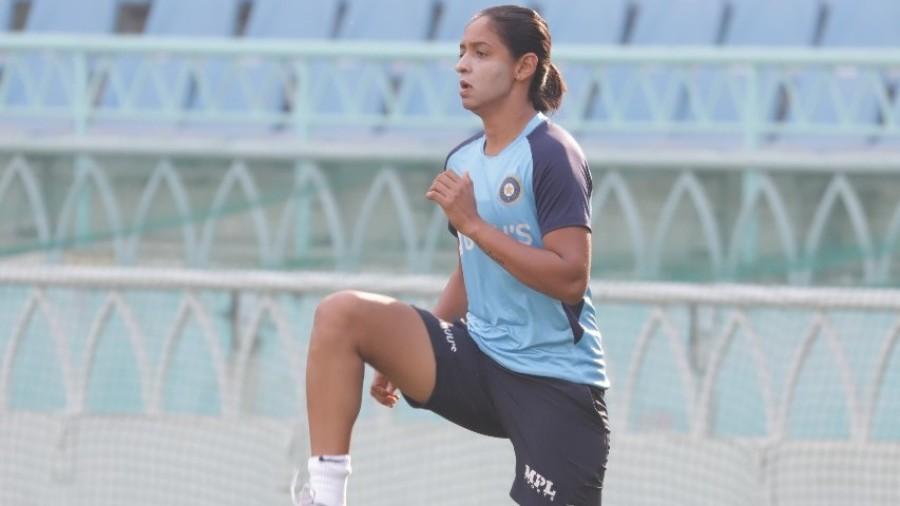 Harmanpreet Kaur limbers up ahead of the game
