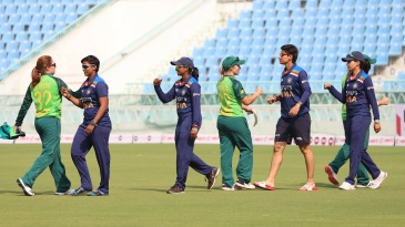 India and South Africa players greet each other after the match