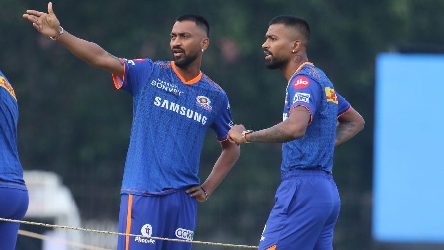 The Pandya brothers - Hardik and Krunal - have a chat ahead of the game
