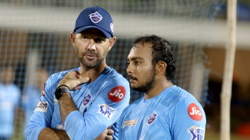 Delhi Capitals head coach Ricky Ponting has a chat with Prithvi Shaw