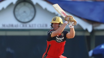 AB de Villiers plays through the off-side field