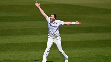 Ollie Robinson appeals for a wicket