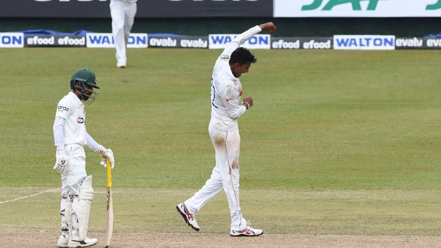 Praveen Jayawickrama celebrates a wicket