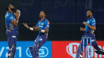 The Pandya brothers run to congratulate Kieron Pollard on taking Mumbai home