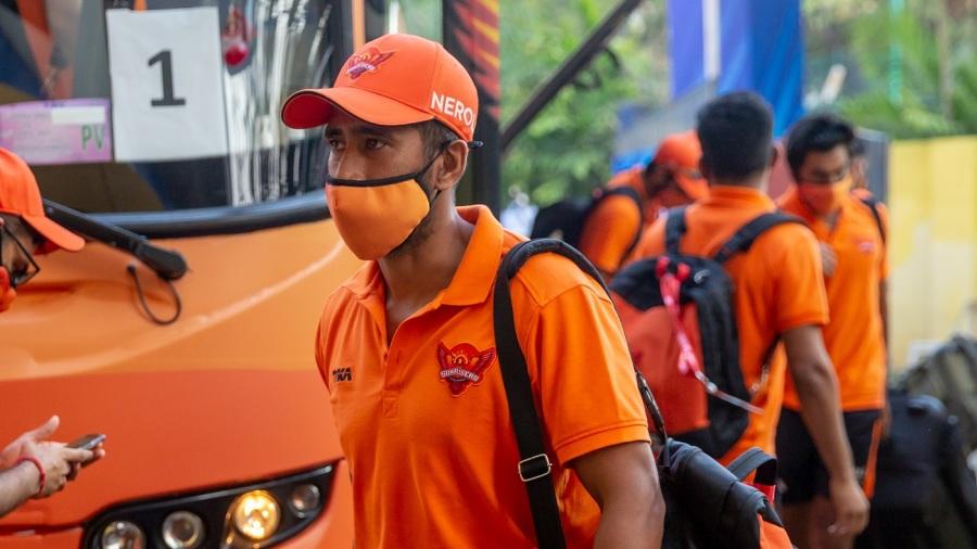 Wriddhiman Saha of Sunrisers Hyderabad arrives for the match against Delhi Capitals