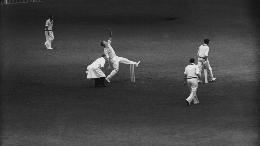 Frank Misson in action against Worcestershire