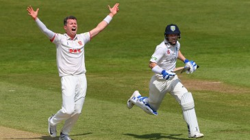 Peter Siddle appeals for another wicket as Essex close in at the Riverside