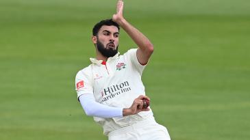 Saqib Mahmood took five-for on the final day