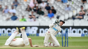 BJ Watling attempts to run Dom Sibley out