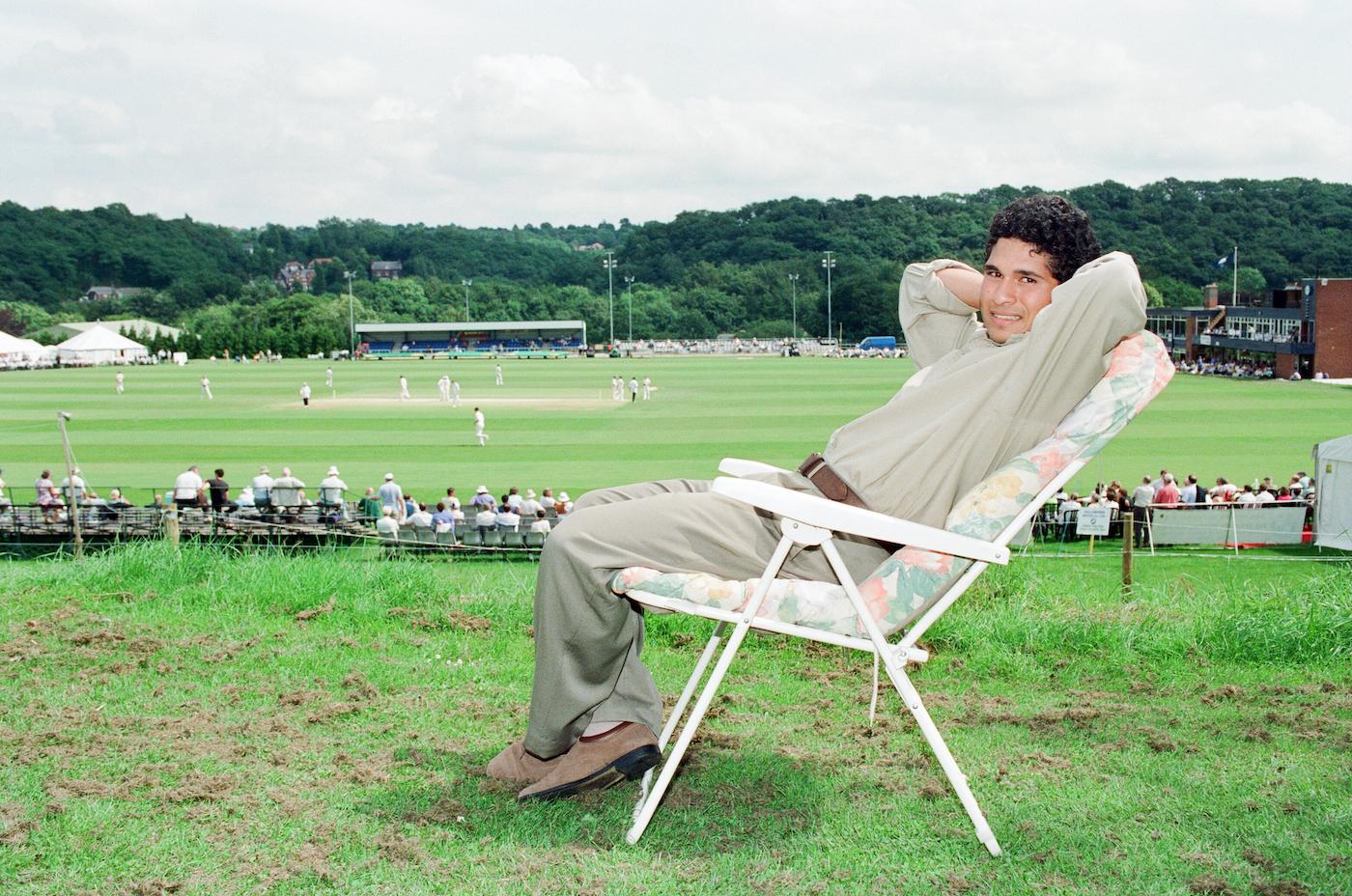 Sachin Tendulkar enjoys the thrill of the chaise