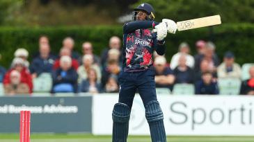 Daniel Bell-Drummond achieves lift-off